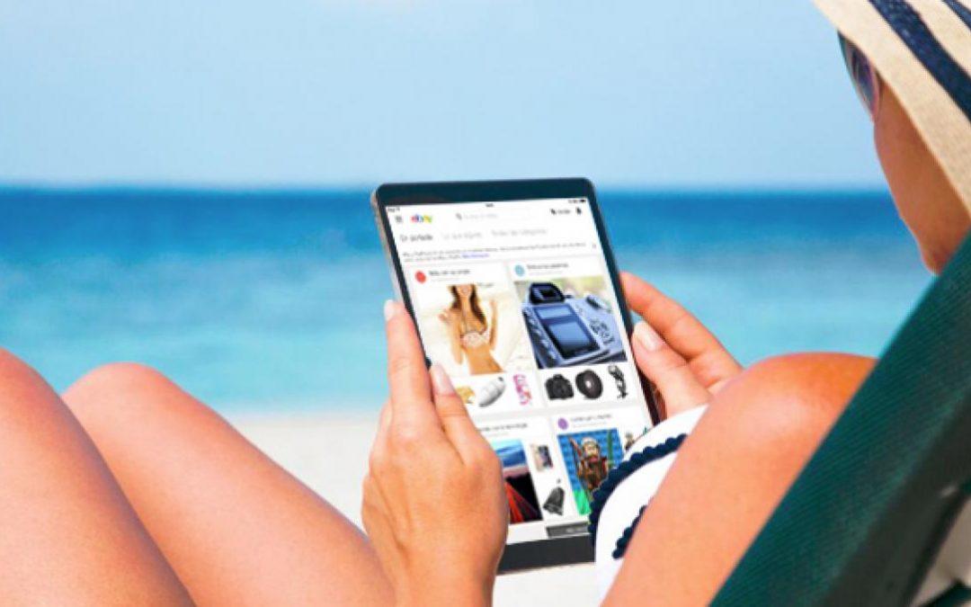 Tecnología en vacaciones: dispositivos imprescindibles para este verano